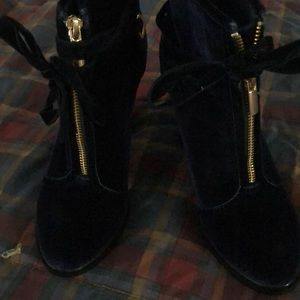 Shoe Dazzle New Suede High Heeled Boots